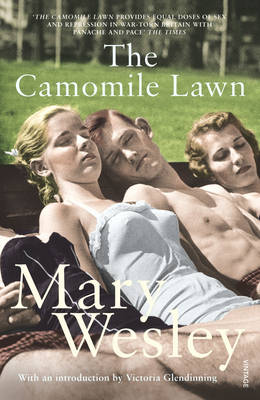 The Camomile Lawn (Paperback)