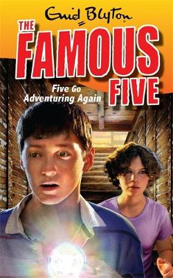 Five go Adventuring Again - Famous Five Book 2 (Paperback)