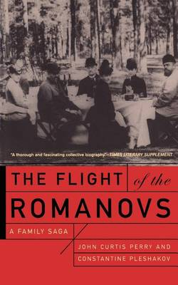 The Flight of the Romanovs: A Family Saga (Paperback)