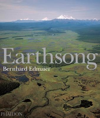 Earthsong: Aerial Photographs of Our Untouched Planet (Hardback)