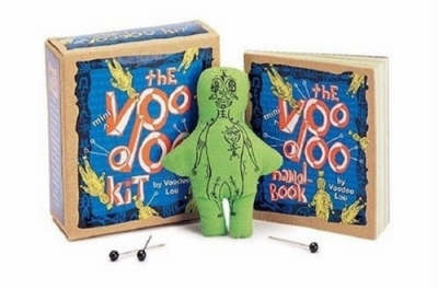 The Mini Voodoo Kit - Miniature Editions (Mixed media product)