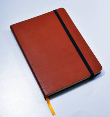 Monsieur Notebook Leather Journal - Tan Plain Medium A5 (Leather / fine binding)