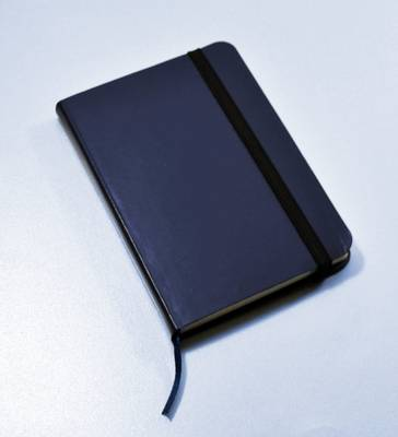 Monsieur Notebook Leather Journal - Navy Plain Small A6 (Leather / fine binding)
