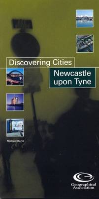 Newcastle - Discovering Cities S. (Paperback)