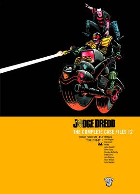 Judge Dredd: Complete Case Files v. 12 (Paperback)